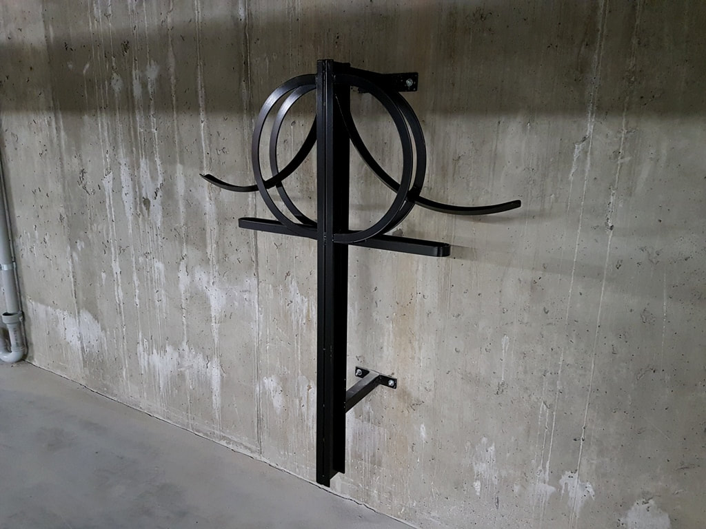 Double Wall Unit vertical bike rack